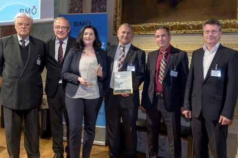 1_Award-Verleihung_hollu_GmbH_Copyright_BMOe_Marko_Kovic.jpg