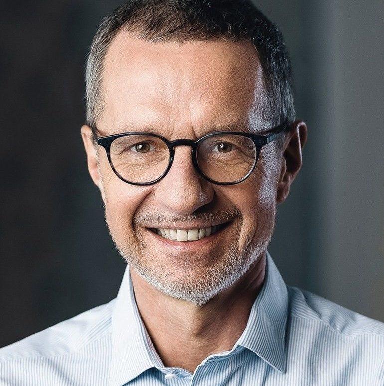 Dr. Jacek Drozak wird zukünftig bei PwC Deutschland den Bereich Einkaufsconsulting leiten.