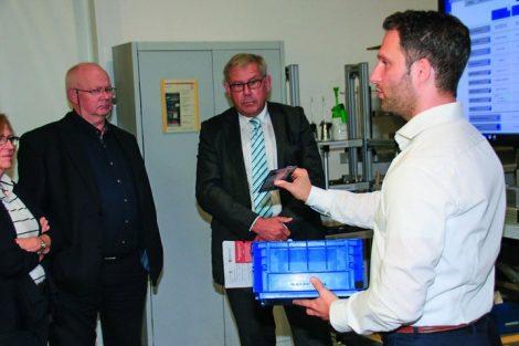 BME_zu_Besuch_im_Kompetenzzentrum_Darmstadt_-_Mittelstand_4.0,_Oleg_Anokhin,_wissenschaftlicher_Mitarbeiter