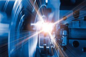 Auch die Produktion verlagert sich zunehmend auf digitale Fertigungsplattformen.