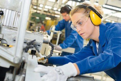 Woman_using_industrial_machine