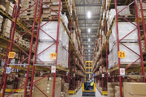 DHL_Supply_Chain_-_Warehouse_Beringe_-_1.jpg