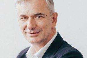 Dindar,_Kadir_CEO_Siemens-Digital-Logistics.jpg