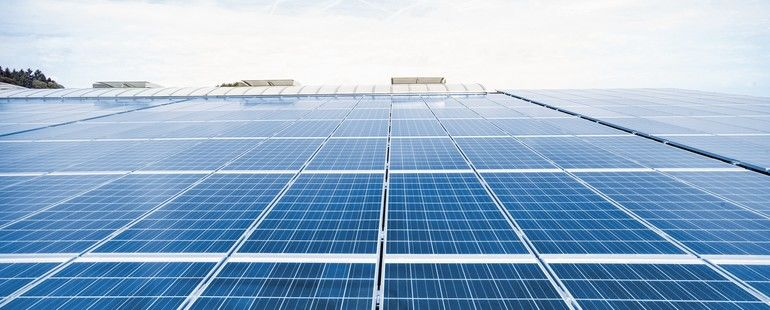 EON_Photovoltaik_Sonnenschein_Streifen_01.jpg