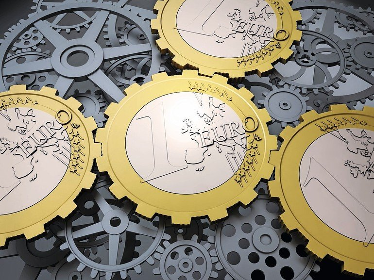 Euro_coin_gears_and_cog_wheels_-_european_financial_system