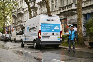 Hermes_ _emovum_Elektrotransporter_in_Hamburg