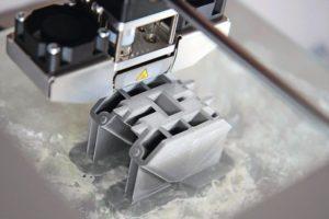 detail_of_plastic_prototype_in_3d_printer