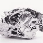 O_tantalum_or_tantalum._Chemical_element_used_in_industry,_used_in_metal_alloys.