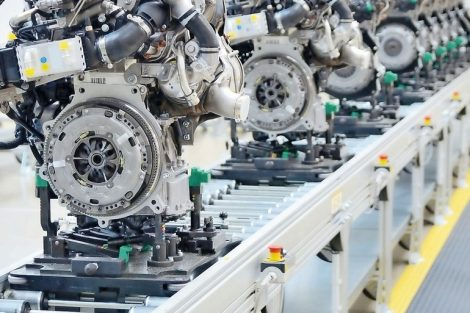 41078651_-_newly_manufactured_engine_on_the_production_line_in_a_factory.
