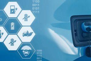 Digital_IOT_Zukunft_Elektroauto_Aufladen_an_Ladestation_Elektromobilität