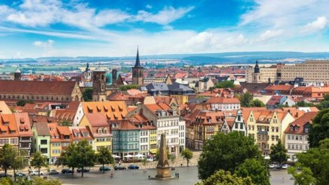 Panoramic_aerial_view_of_Erfurt_in_a_beautiful_summer_day,_Germany