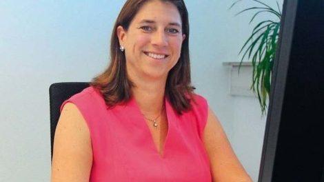 Porträtfoto von Martina Boxberger, tätig im Einkauf bei Merz Pharma